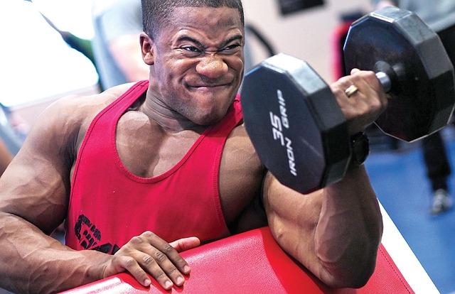 budování svalů